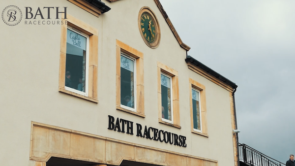 Experience a day out at Bath Racecourse