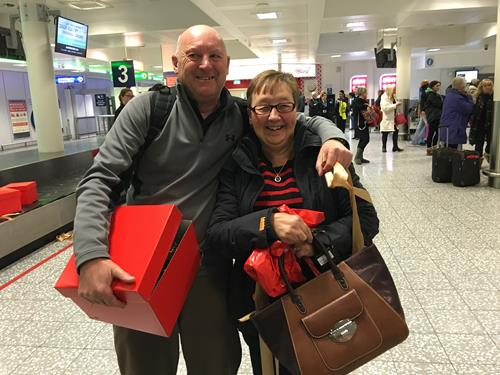 Clarks Village and Bristol Airport Surprise Passengers with Christmas Gift Campaign