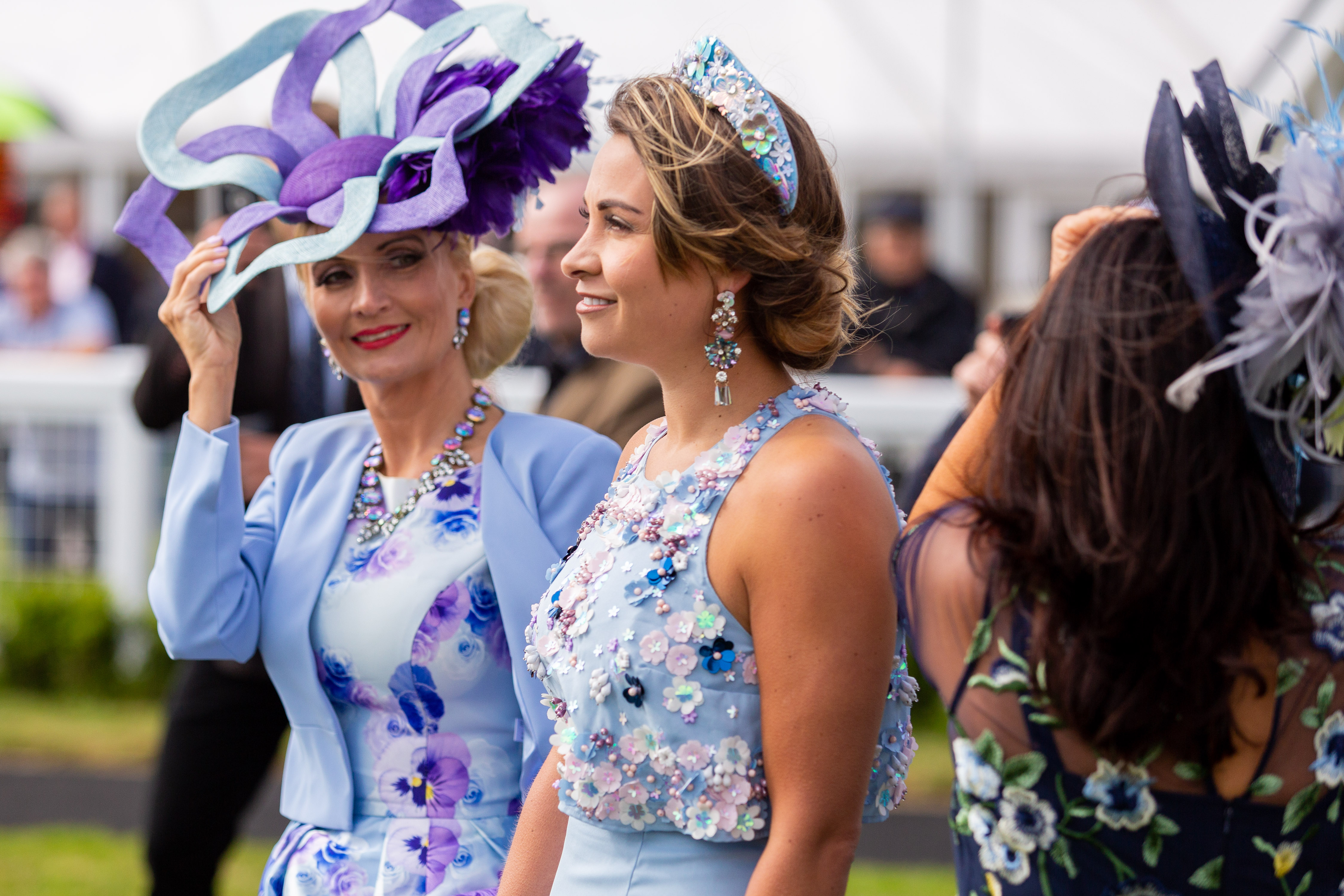 Record Crowd for the Bath Racecourse Ladies' Day