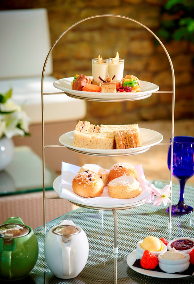 FREE AFTERNOON TEA
